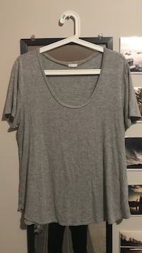 gray garage relaxed t shirt Victoria, V8T