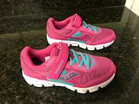 New Saucony girls shoes size 2-1/2 Jacksonville, 32218