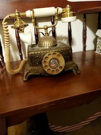VINTAGE BRASS METAL OLD TIME TELEPHONE