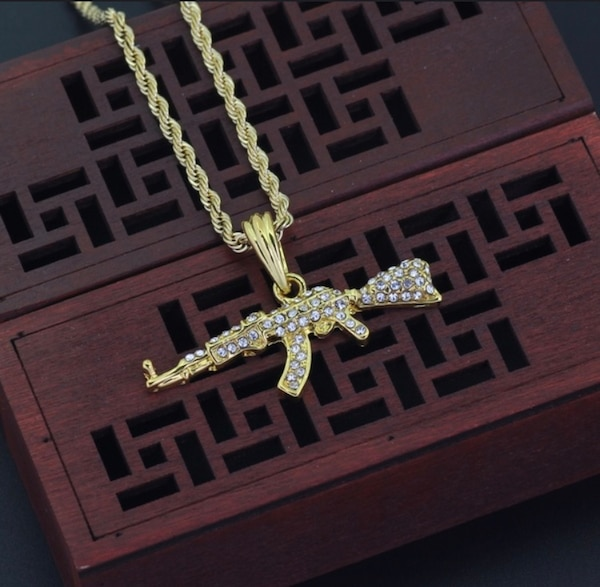 SAVAGE Necklace Brass Colored Gold chain for men / AK47 Gold color Pendent Necklace a6cad58a-a879-4ab3-b315-aeb85e43238d