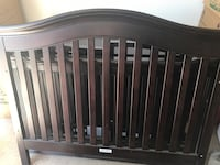 Baby Cache Montana Collection Crib and Dresser El Paso