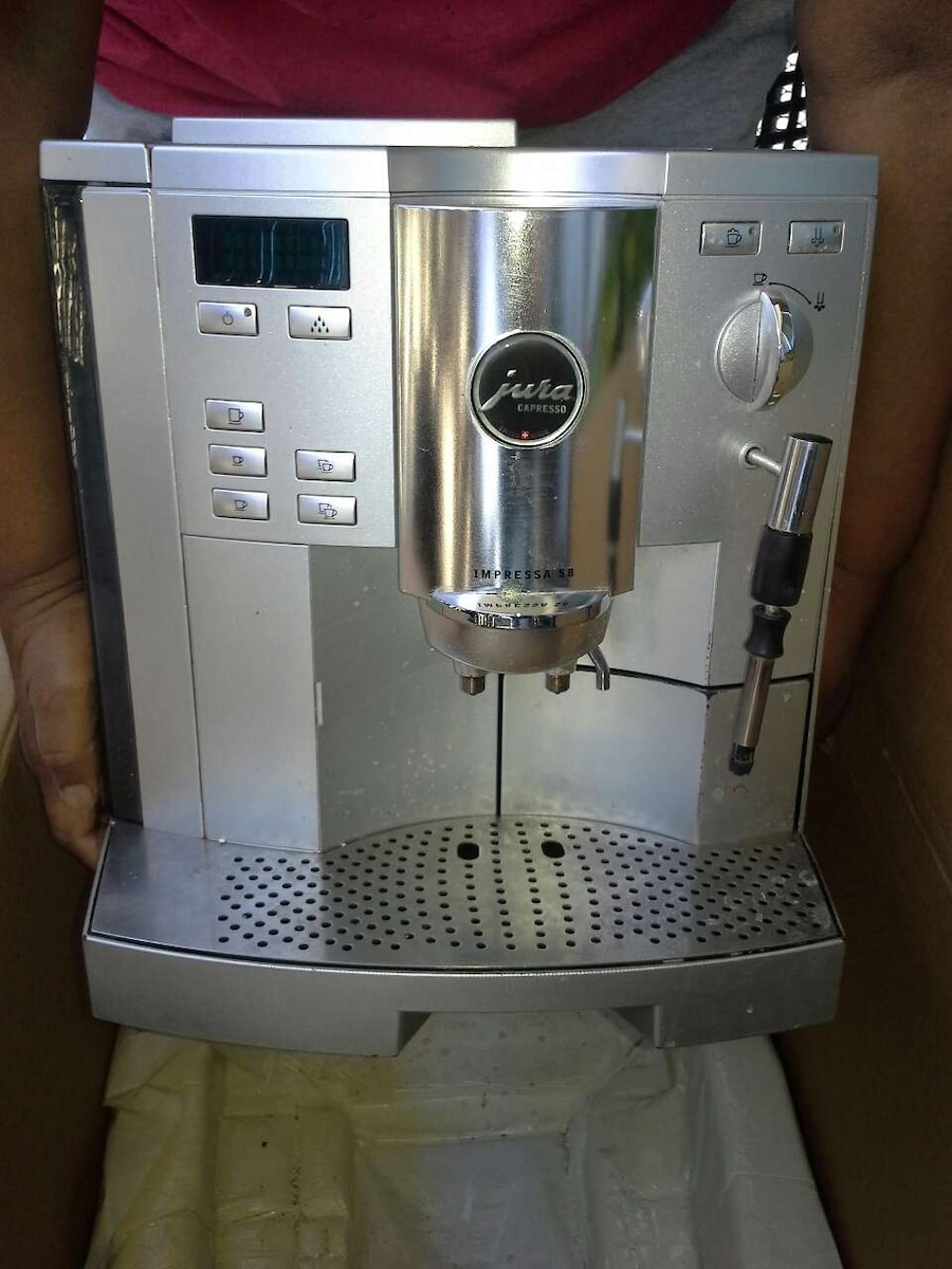 letgo jura capresso machine in sherman oaks ca. Black Bedroom Furniture Sets. Home Design Ideas