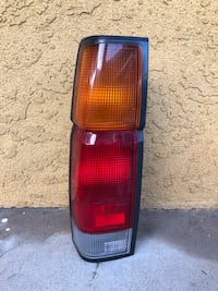 Driver side taillight 86 to 97 OEM (left side ) Torrance, 90503
