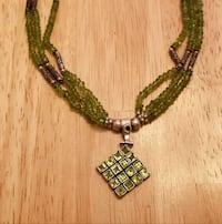3 STRAND PERIDOT BEAD NECKLACE WITH LARGE PENDANT Peoria, 85381