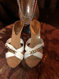 Cute criss cross heels with chain, size 9, $5