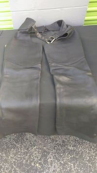 Leather chaps size medium Brandon