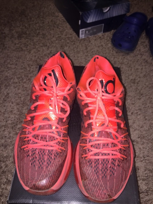 0c5e27761d9 Used Nike kd 8 Both air bubbles popped for sale in Lafayette - letgo