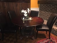 Dining table with 4 chairs  Lorraine