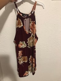 Small Women's black and brown floral sleeveless blouse Bakersfield, 93306
