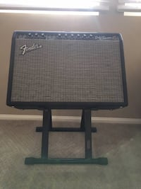 Fender Deluxe Reverb 65 Reissue w/ stand and footswitch Garden Grove