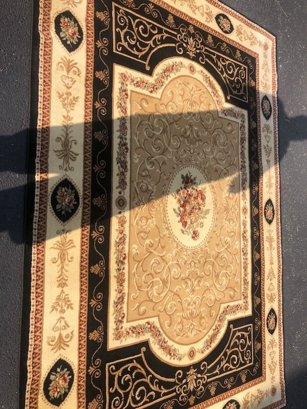New version rug (brand new ) a6bc4a5d-0651-46a3-bab9-93f644458b00