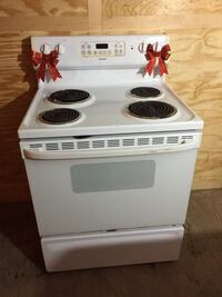**$150.00**~STOVE By:HOTPOINT WHITE DIGITAL EASY TOUCH CONTROLS-CLEAN WORKING CONDITION!! Hampstead, 28443