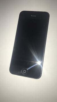 IPHONE 5 perfectly fine