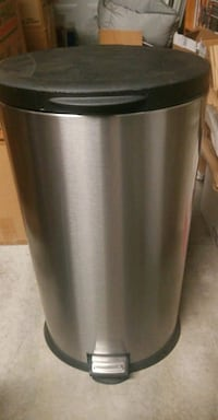 Never been used Stainless steel garbage bin Surrey, V3R 1C3