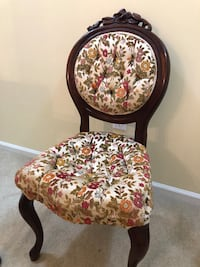 Antique upholstered chair  Alexandria, 22311