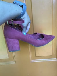 Great condition BAMBOO block heels. Only worn once. Size 9. Color: Mauve  Hillsboro, 97124