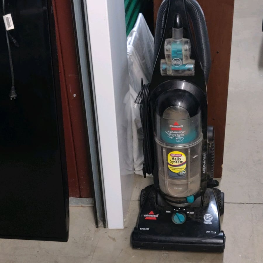 Bissell cleanview helix vacuum cleaner