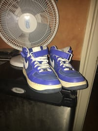 Nike airs 60$! need gone ASAP