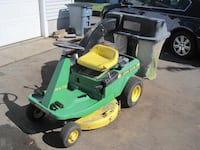 JOHN DEERE 9 HP RX 75 LAWN TRACTOR Johnston