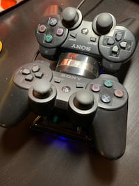 PS3 controllers + Charger