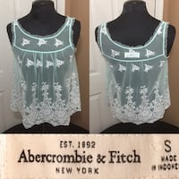 Cute tank top small size Hagerstown, 21740