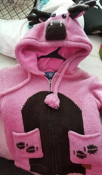 Little girls cute warm sweater sz 7/8 422 mi