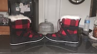 Size 8.5 Maurice's Women's winter snow boots Frederick, 21703