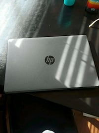 black and gray HP laptop Chicago, 60625