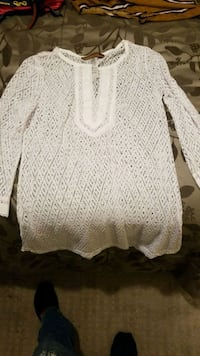 See through white shirt. Size small South Gate, 90280