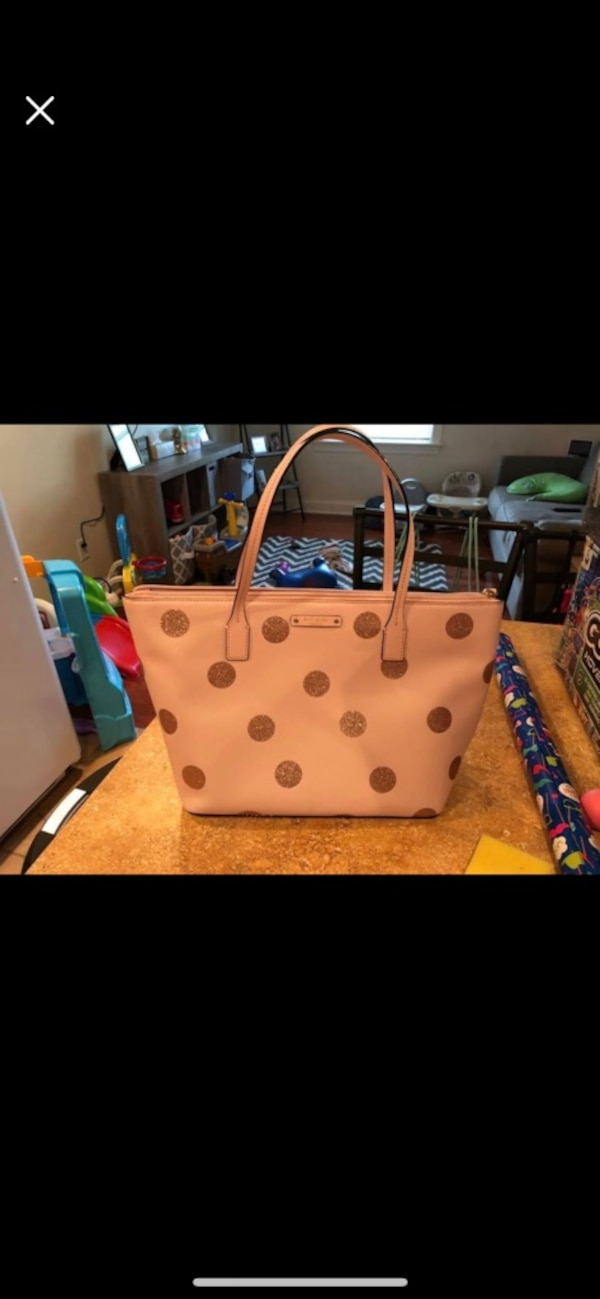65154defc731 Used white and brown leather tote bag for sale in Sparta - letgo