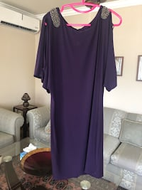 Women dress worn once for weddings size 12 Laval, H7S 1Y4