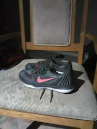 pair of black-and-red Nike basketball shoes Calgary, T3J 3G9