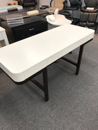 Modern and sleek office table Mississauga, L4W