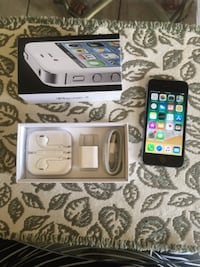 black iPhone 4 with box MORENOVALLEY