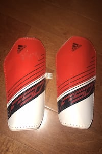 Adidas Messi soccer pads & socks London, N6B