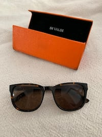 Di Valdi Sunglasses for Women with Case Montréal, H2S 2S9