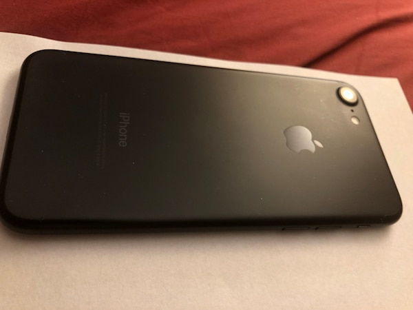 iPhone 7 - 256GB unlocked
