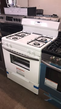 New Frigidaire gas stove 6 months warranty  Baltimore, 21215