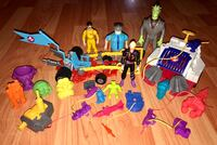 1980's Vintage Kenner Ghostbusters Action Figures and Vehicle Lot 536 km