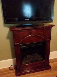Portable fireplace heater, no remote. Canton, 44703