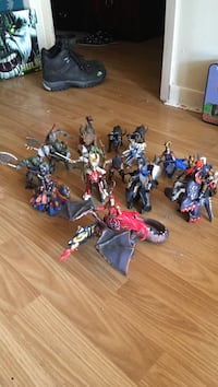 Assorted action figures with box St Catharines, L2S 1T2