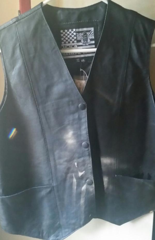 050e309f Used Ladies Leather Riding Vest for sale in Clinton - letgo