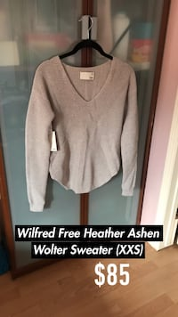 Wilfred Free Sweater (New with Tags) Edmonton, T5Z 3W8