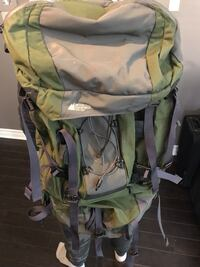 Mountain equipment army green backpack negotiable Montréal, H1K 1J8