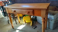 wooden table with drawer Orangeburg, 29115