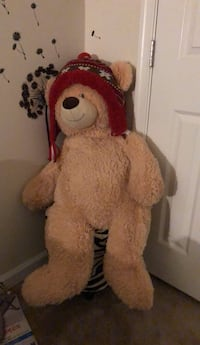 brown and red bear plush toy Bensville, 20603