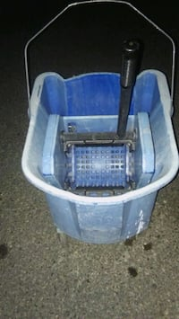 Large Commercial Mop Bucket with Wringer