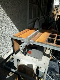 VINTAGE TO ANTIQUE TABLE SAW Calgary