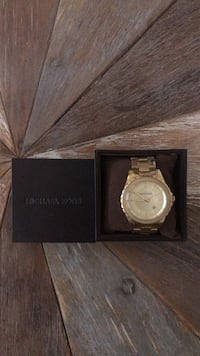 Round gold michael kors analog watch with link bracelet Montréal, H3N