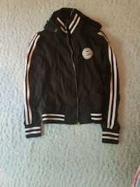 svart och vit Adidas zip-up jacka Gothenburg, 412 82